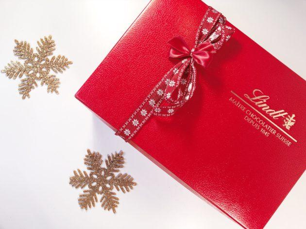 Orsetto Lindt: un abbraccio di cioccolato per scaldare i cuori