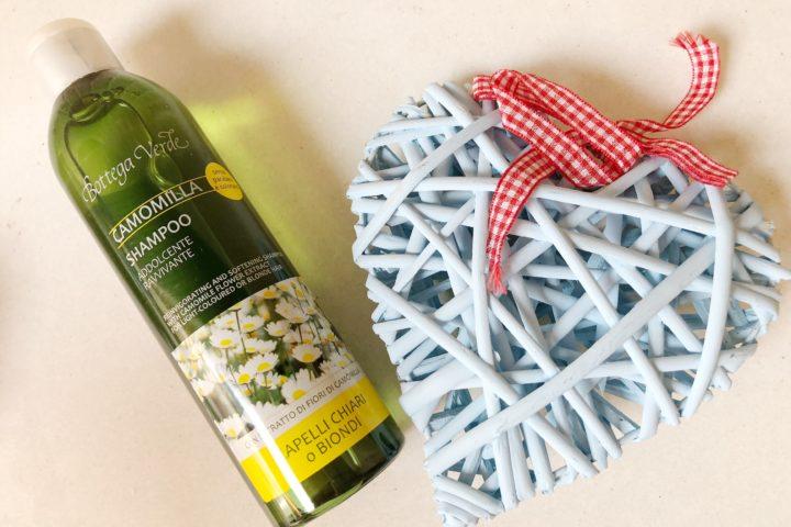 Shampoo Camomilla: lo shampoo di Bottega Verde dedicato ai capelli chiari