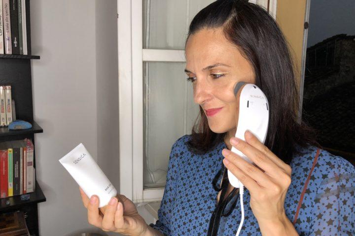 Sensilift di Sensica: rassoda e stimola la produzione di collagene della pelle del viso