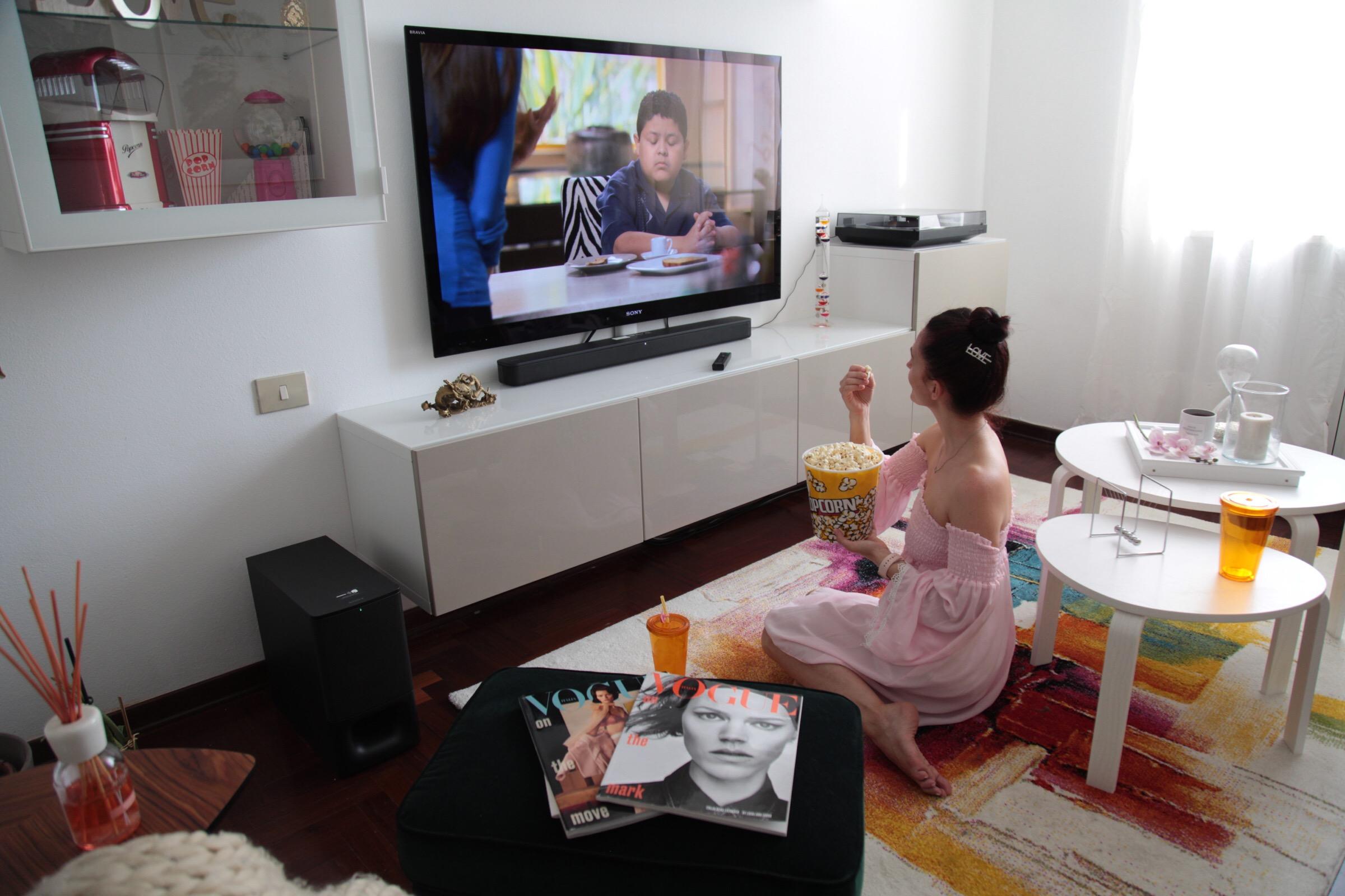 Soundbar HT-S350 di Sony: l'esperienza del cinema a casa.