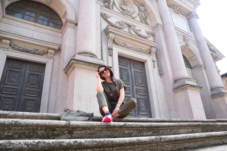Sporty chic: quattro look di Femme Luxe Finery per l'estate