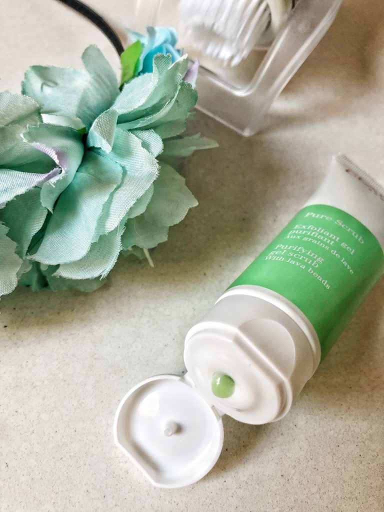 Trattamenti esfolianti Clarins: l'importanza di fare un buon scrub.