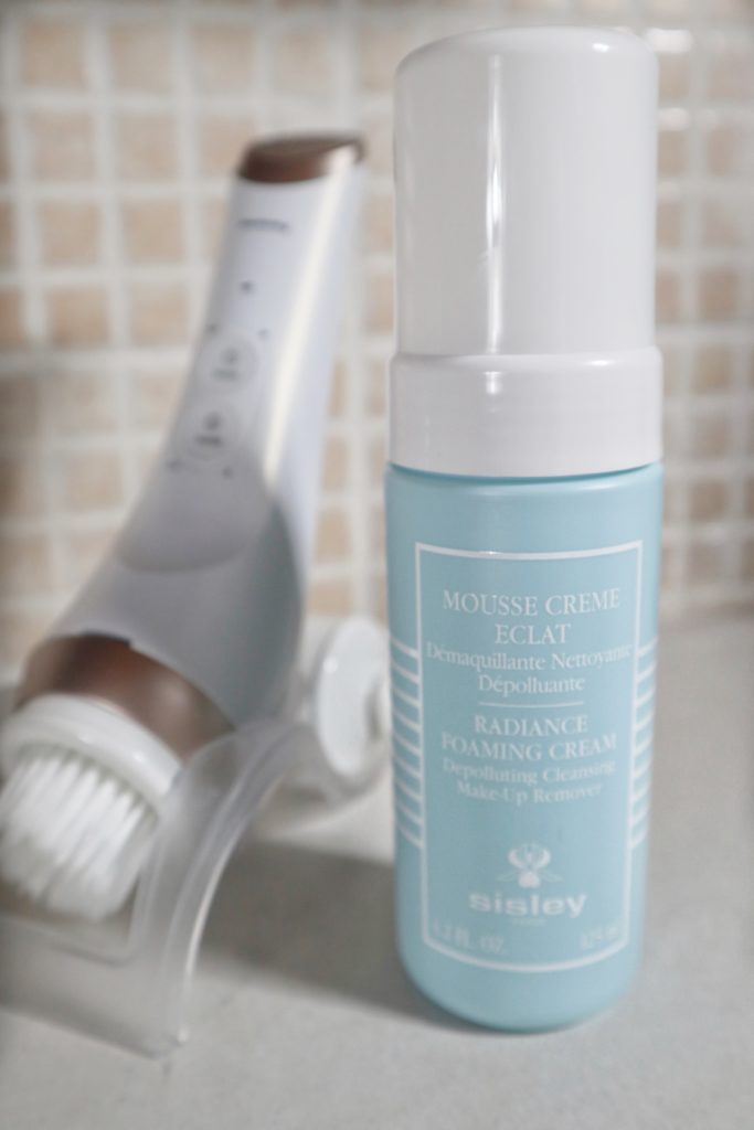 Mousse Crème Èclat Sisley: rituale luxury per struccare e detergere il viso