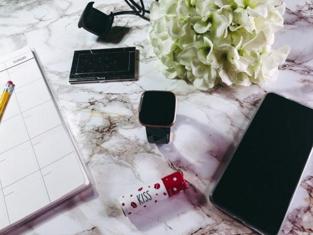 Fitbit Versa 2: alleato per monitorare il sonno e il benessere generale