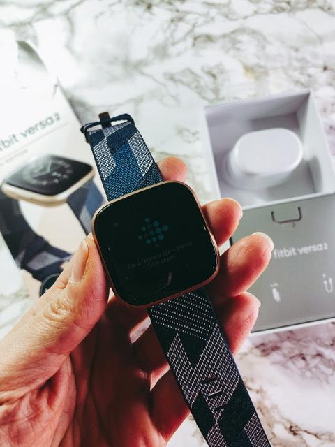 Fitbit Coach Premium: 90 giorni free per rimanere in forma restando a casa