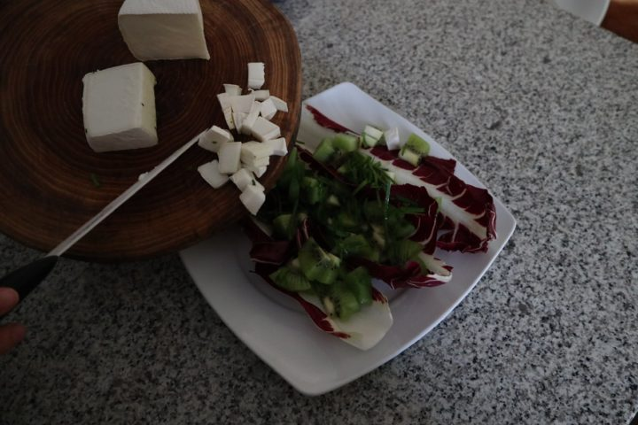 Quali sono i benefici dei kiwi e quanti mangiarne al giorno