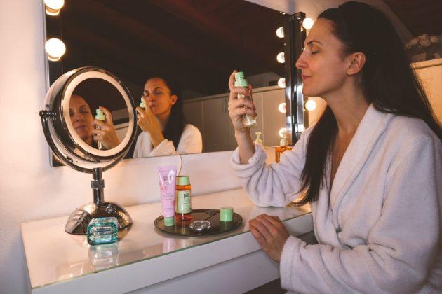 Come avere una pelle del viso luminosa (step da seguire e prodotti utili), Margaret Dallospedale