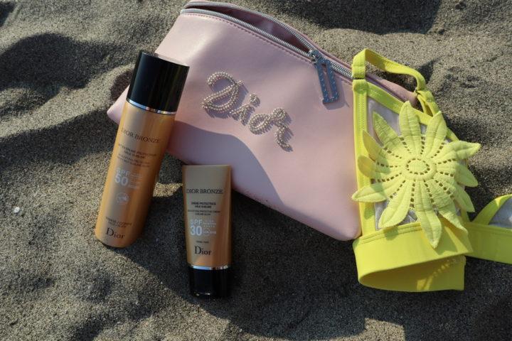 Dior Solari: al mare sempre protetti, ma con glamour e stile