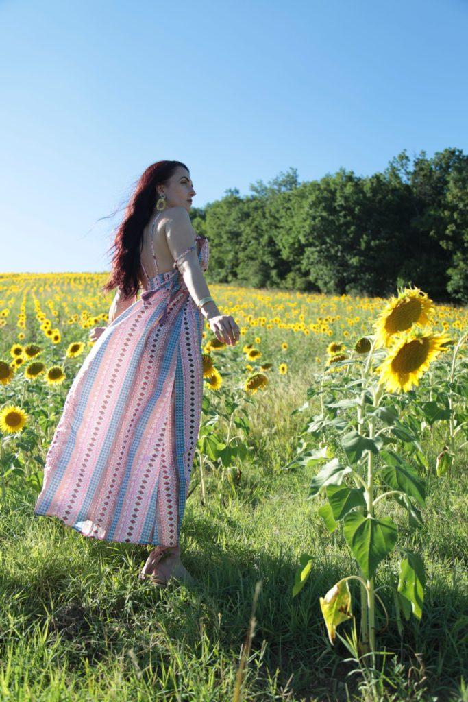Girasoli e pensieri: un'estate strana alla ricerca della pace dei sensi