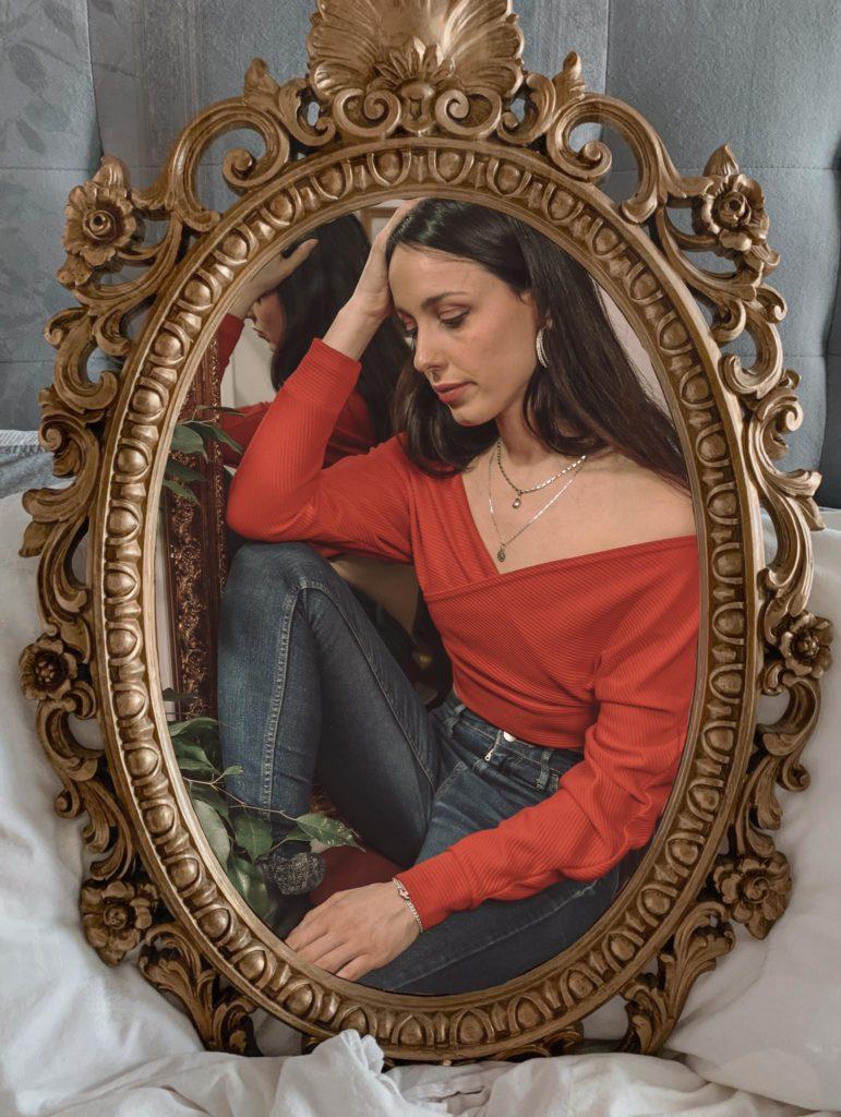 Tendenza moda 2021, Maglione incrociato, Come abbinare