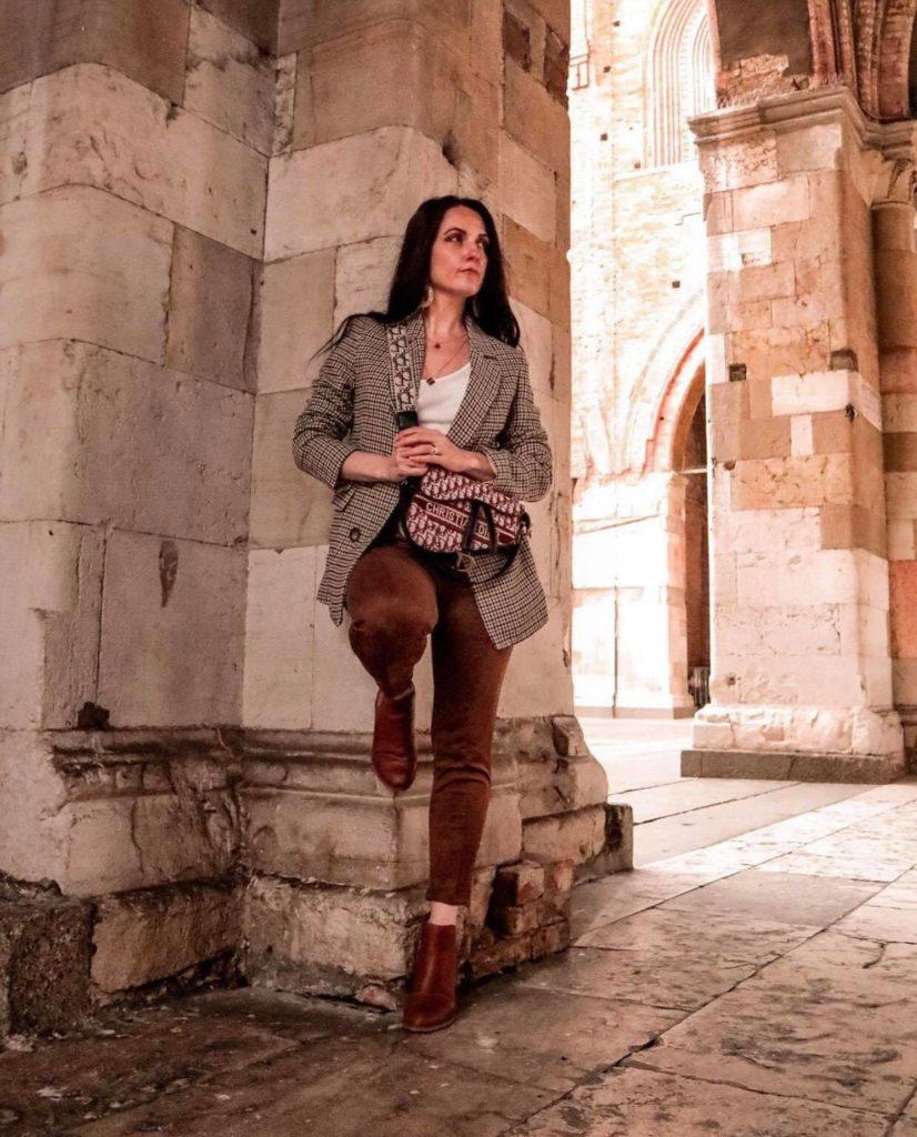 How to wear Blazer - Margaret Dallospedale