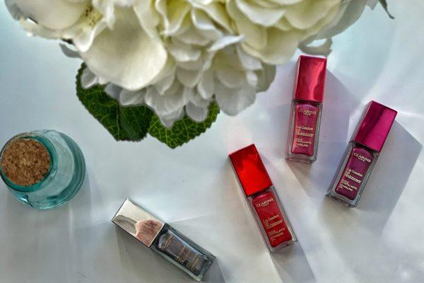 Lip Comfort Oil Shimmer un trattamento nutriente e protettivo per labbra