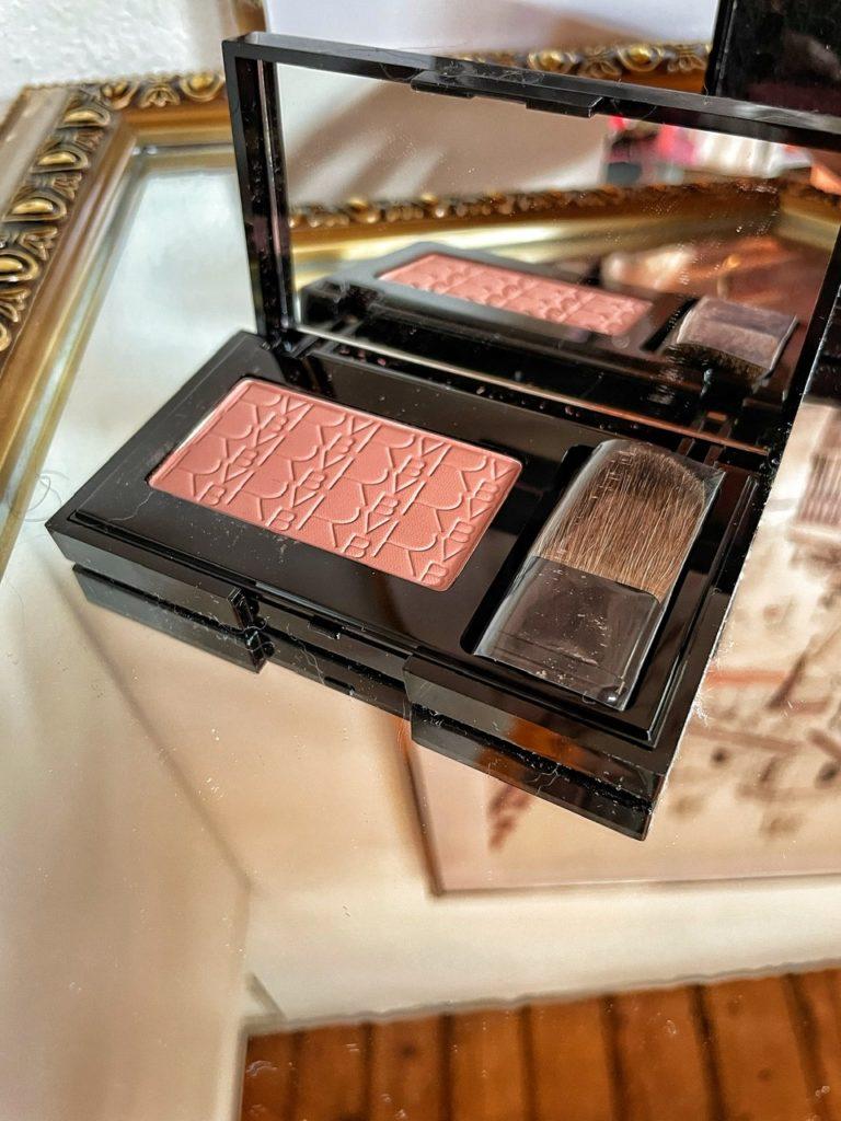 Come applicare il blush in base alla forma del vostro viso (RVBLAB Blush)